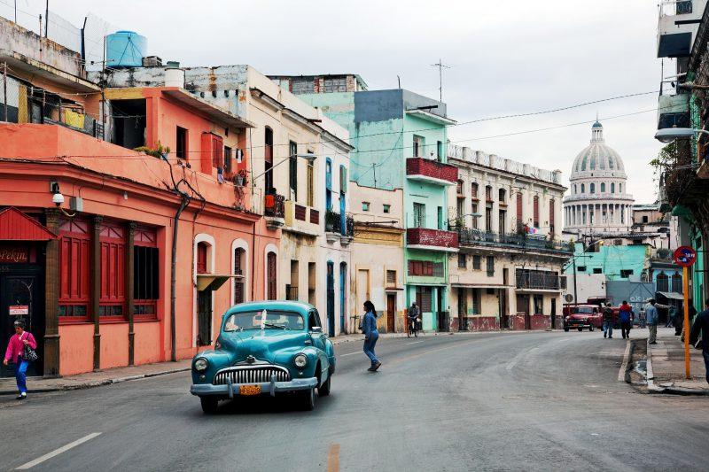 Podróż poślubna na kolorową Kubę